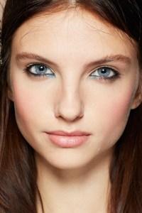 Blue-eyeshadow-1-vogue-29Jan14-bourjois_b_426x639