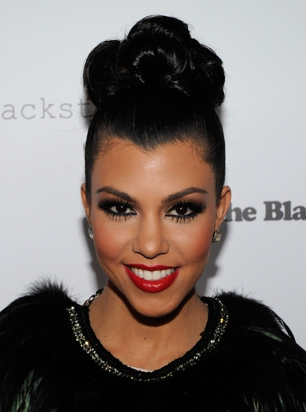 kourtney-kardashian-smokey-eye