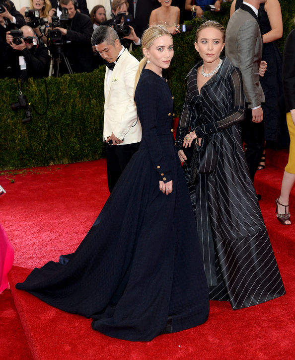 mary-kate-ashley-olsen-vintage-chanel-met-gala-h724