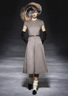 6dc63-the-row-rtw-fw2011-runway-07_164751958046
