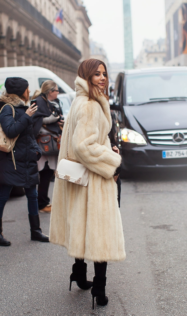 long-fur-coat-street-style-2