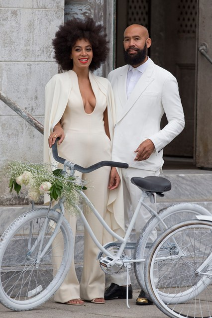 solange-knowles-wedding-vogue-2-17nov14-inf-splash_b_426x639