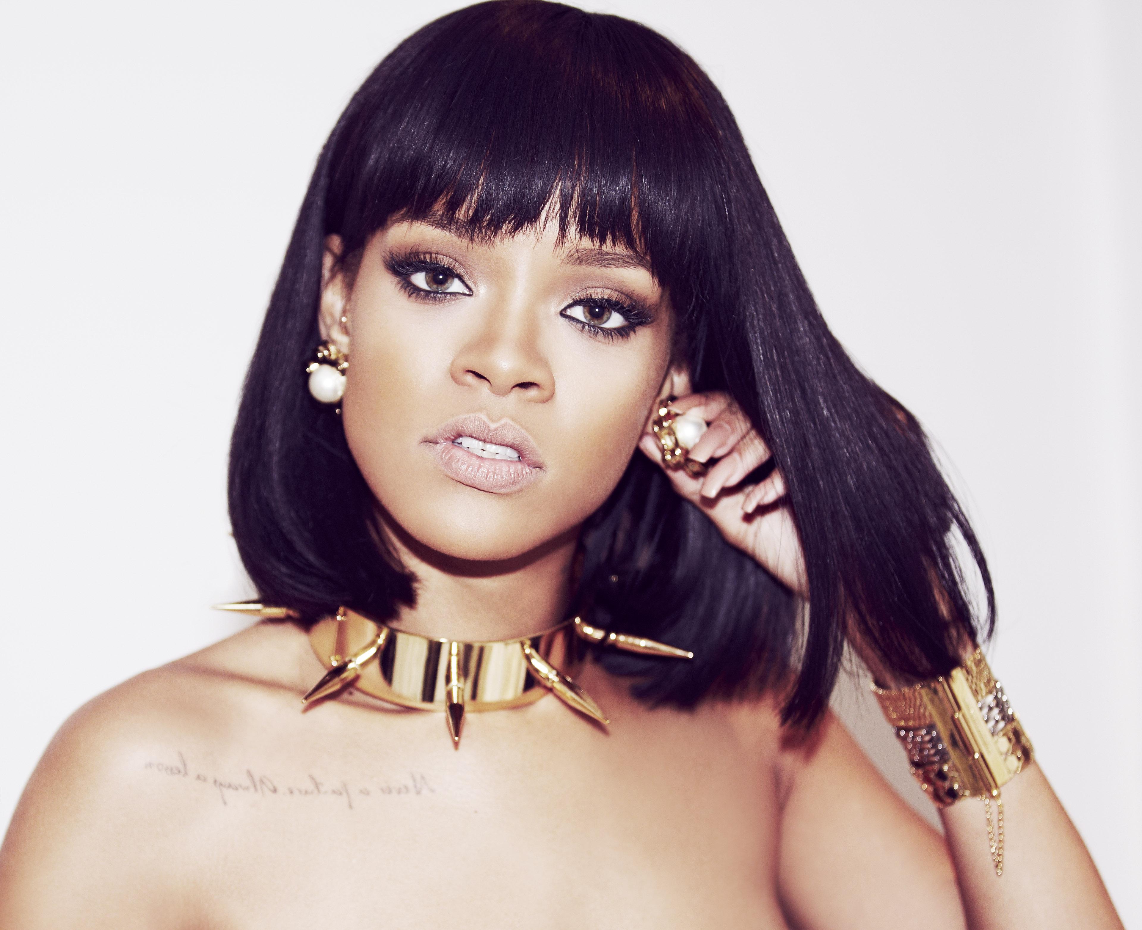 Google themes rihanna - Rihanna Iheart1
